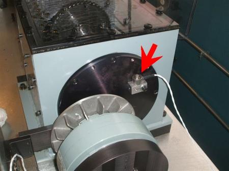 Location of output shaft accelerometer